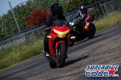 superbikecoach_corneringschool_2019may05_groupC_28