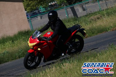 superbikecoach_corneringschool_2019may05_groupC_8