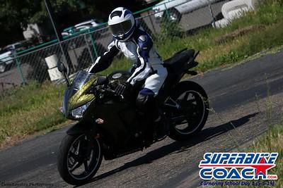 superbikecoach_corneringschool_2019may05_groupC_20