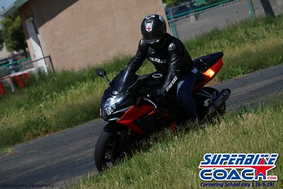 superbikecoach_corneringschool_2019may05_groupC_7