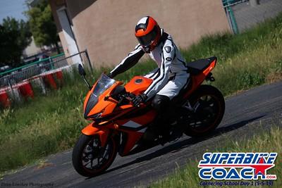 superbikecoach_corneringschool_2019may05_groupC_6
