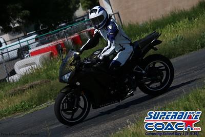 superbikecoach_corneringschool_2019may05_groupC_1