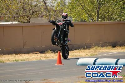 www superbike-coach com_wheelie_1