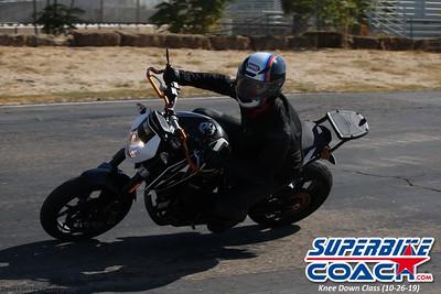 superbikecoach_kneedownclass_2019october26_MainTrack (19)
