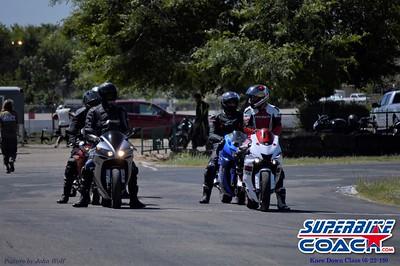 superbikecoach_kneedownclass_2019june22_FeaturePics_11