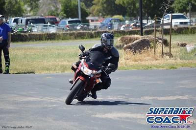 superbikecoach_kneedownclass_2019june22_MainTrack_8