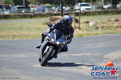 superbikecoach_kneedownclass_2019june22_MainTrack_4