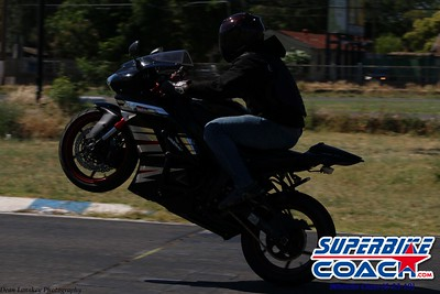 superbikecoach_wheelieschool_2019june23_BlueGroup_17