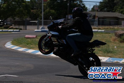 superbikecoach_wheelieschool_2019june23_BlueGroup_18