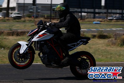 superbikecoach_wheelieschool_2019june23_BlueGroup_13