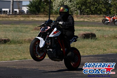 superbikecoach_wheelieschool_2019june23_BlueGroup_12