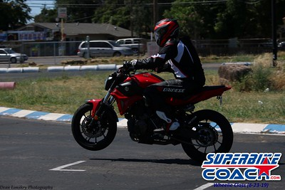 superbikecoach_wheelieschool_2019june23_GreenGroup_6