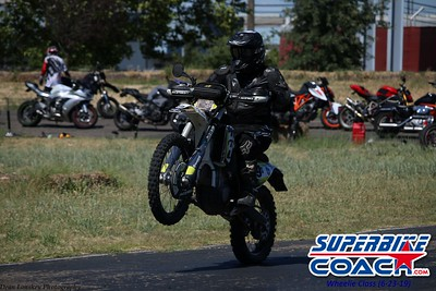 superbikecoach_wheelieschool_2019june23_GreenGroup_16