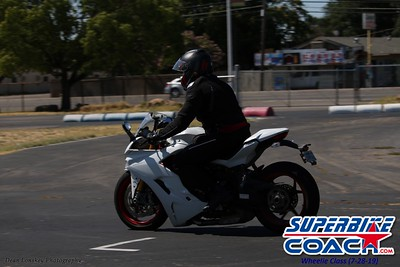 superbikecoach_wheelieschool_2019july28_BlueGroup_25