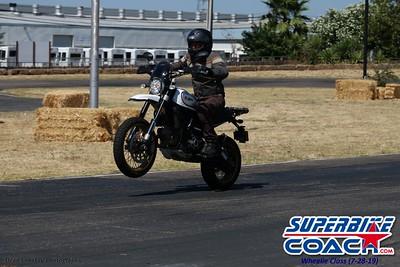 superbikecoach_wheelieschool_2019july28_BlueGroup_12