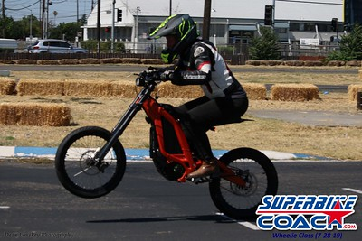 superbikecoach_wheelieschool_2019july28_BlueGroup_6