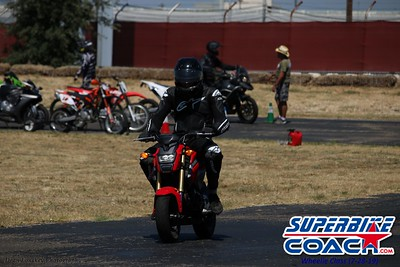 superbikecoach_wheelieschool_2019july28_GreenGroup_6