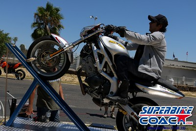 superbikecoach_wheelieschool_2019july28_WheelieMachine_10