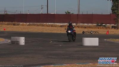 superbike-coach-wheelie-class-2020-student-video (3)