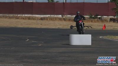 superbike-coach-wheelie-class-2020-student-video (11)
