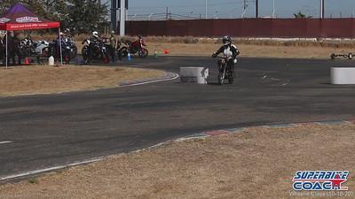 superbike-coach-wheelie-class-2020-student-video (13)