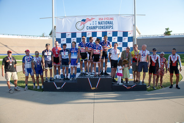 Men's 40+ Team Pursuit Podium - Teams L to R - Team COS, Team Helyer, ILIKTAHADAGOTDAT, Joe's Pro Team and T2 Performance