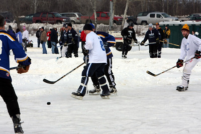 PondHockey: Rusty Bladesvs422  1-26-2008