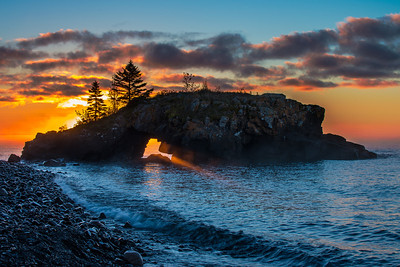 Hollow Rock sun ray - Grand Portage MN