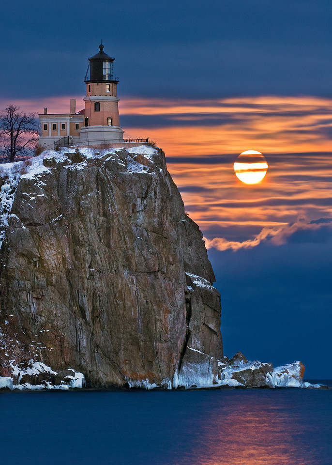 Split Rock Lighthouse & Jan Full Moon, 2011, Split Rock State Park