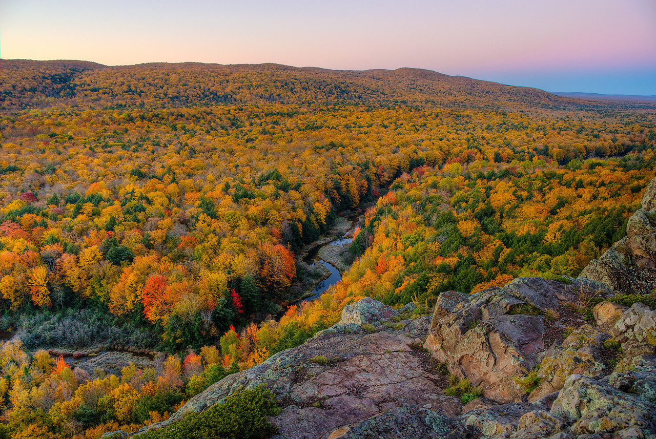 View looking SW from Lake of the Clouds overlook at Fall Peak, Porcupine Mountains State Park, Michigan