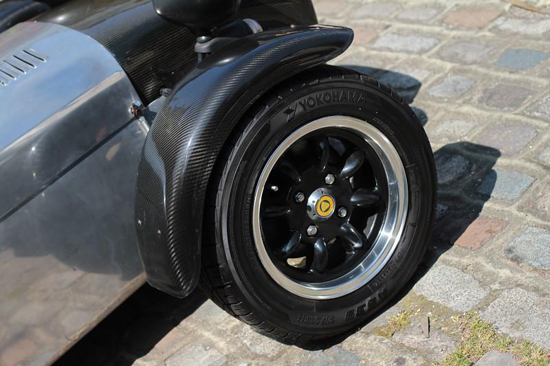 Caterham Superlite diamond cut wheels as per original