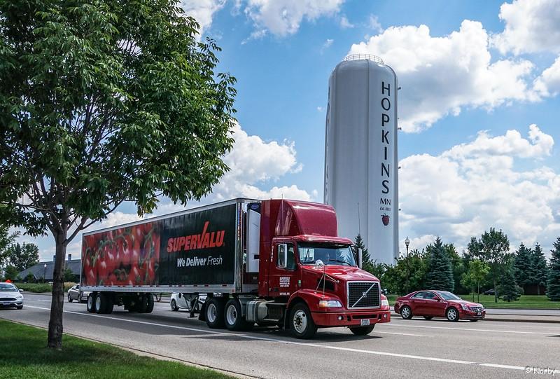 Supervalu, truck, Larry, Hopkins, Excelsior boulavard, driver, semi, truck