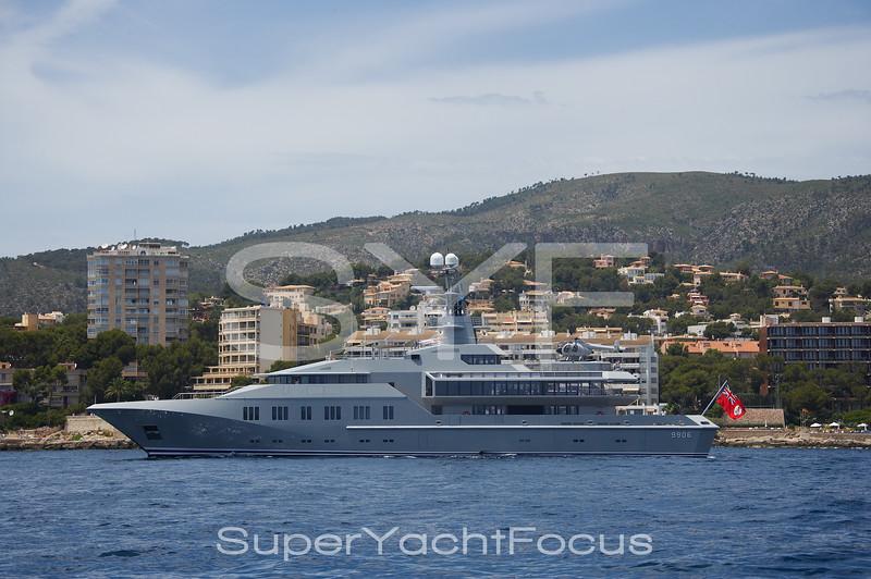 Superyacht Skat