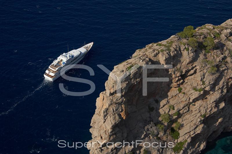 YR5Z1444 Aerial Feadship Sa Foradada Mallorca
