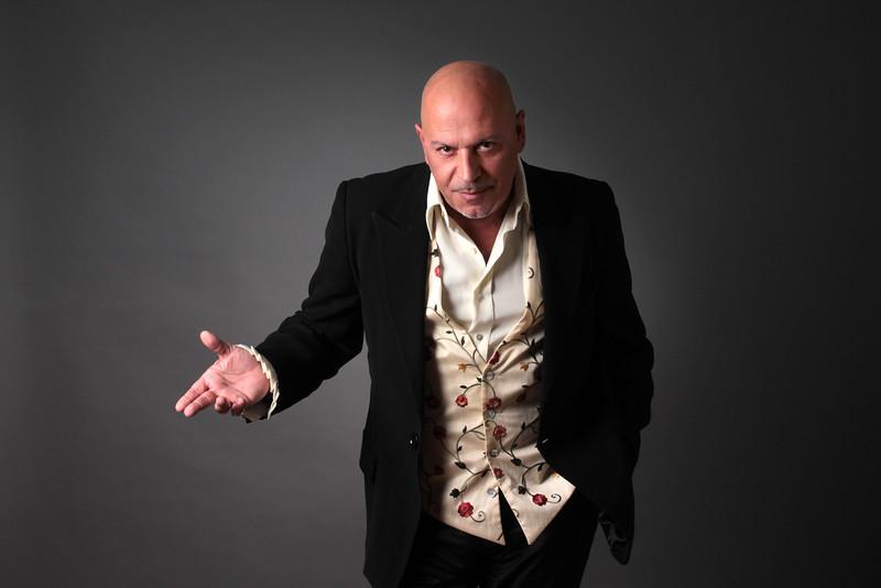 Paulo Gonzo. Foto da capa do disco Duetos (2013)