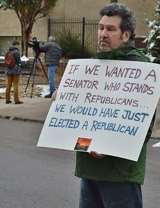 Gorsuch-filibuster-Bennett (24).