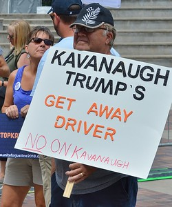 Stop Kavanaugh rally (2)