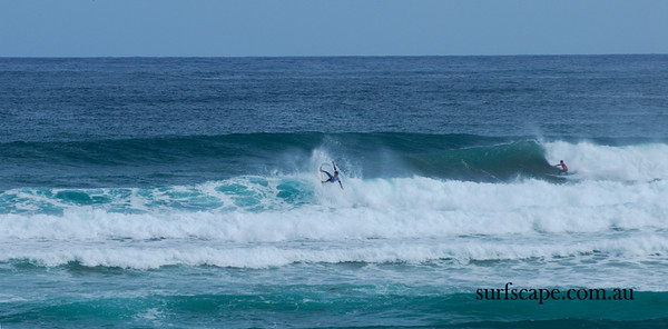 Richard Christie(white),Gabriel Medina(red), Cold Water Classic, Tasmania