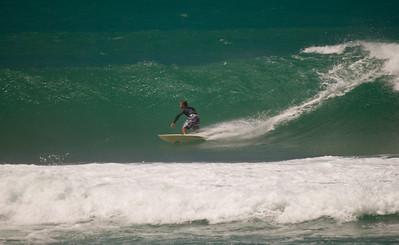 090913 131010 surfing