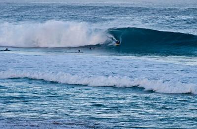 Rip Curl Pipeline Pro, Triple Crown, 2006  Early Morning at Ehukai BeachPipeline Surf Contest   North Shore, O'ahu, Hawai'i  061210.075242