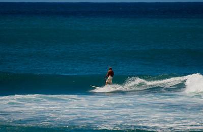 090913 115812 surfing
