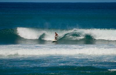 090913 115803 surfing