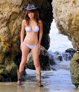 swimsuit model beautfiful woman malibu 531.657.6.7