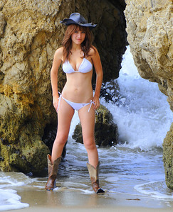 swimsuit model beautfiful woman malibu 537.4.4.45