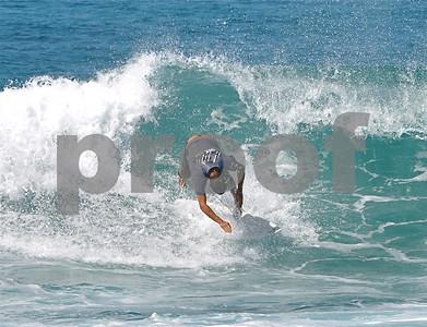 07-22-09 Ala Moana Magic Island & Kewalo - Photo by Alan Kang