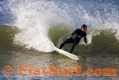 Factor 54's Leon McGovern cutting back... you'll see lots of shots of Leon on FiatSurf.