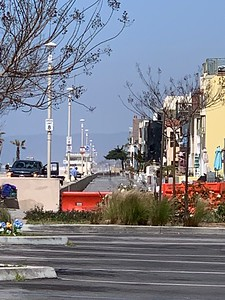 Closure and empty Hermosa Strand, from Bike Path Parkette