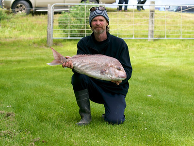 Mark Graham with his 5.22kg snapper