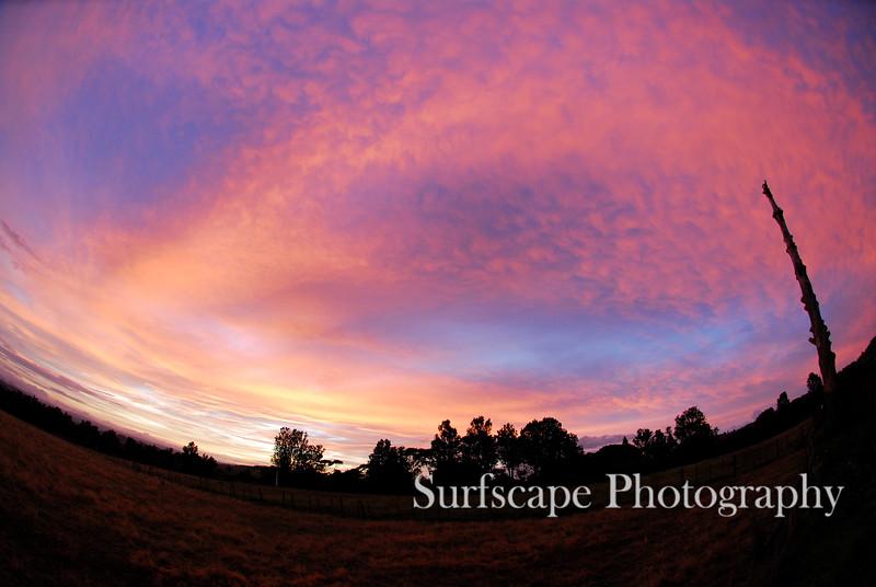 Sunrise, Raglan