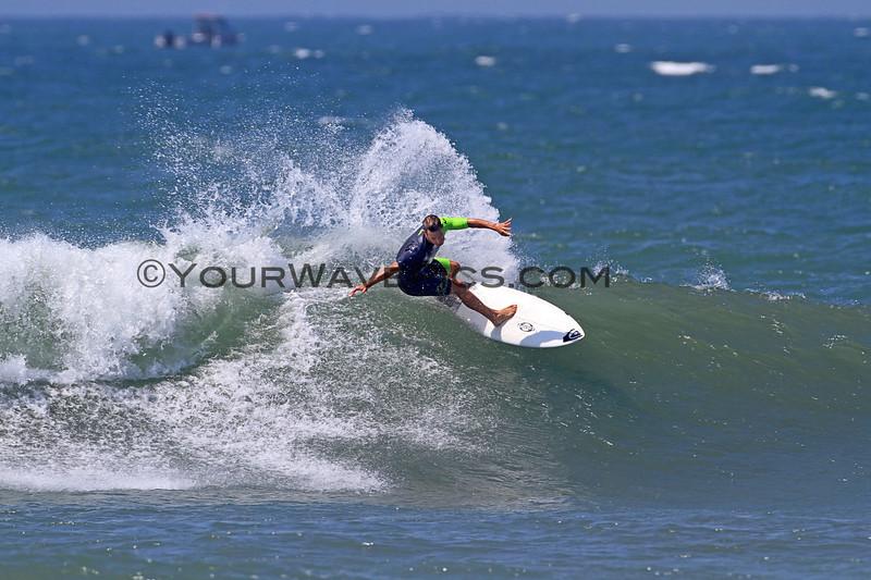 2017-09-06_Lowers_Quik_2.JPG<br /> <br /> Hurley Pro warmups